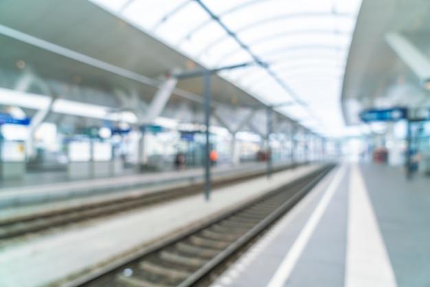 Estação de trem de desfoque