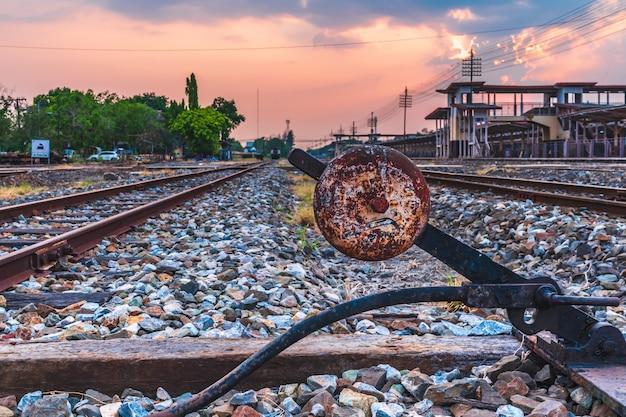 Estação do trem de paisagem ao ar livre