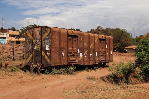 Estação ferroviária na cidade de moshi, áfrica
