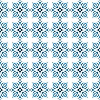 Estampado fascinante pronto para têxteis, tecido para biquínis, papel de parede, embrulho. projeto chique do verão do boho artístico azul. borda verde orgânica na moda. ladrilho orgânico.