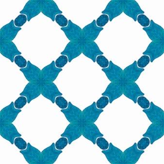 Estampado sedutor pronto para têxteis, tecido de biquíni, papel de parede, embrulho. projeto chique do verão do boho incrível azul. fundo aquarela com azulejos. borda de aquarela com azulejos de pintados à mão.
