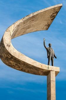 Estátua de juscelino kubistchek memorial jk em brasilia df brasil em 14 de agosto de 2008
