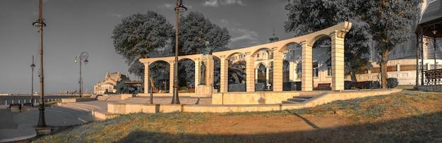Estátua de mihai eminescu em constanta, romênia