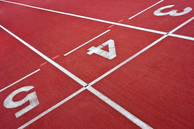 Esteiras no estádio para atletismo
