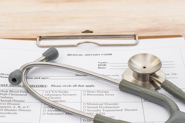 Estetoscópio em informação ao paciente