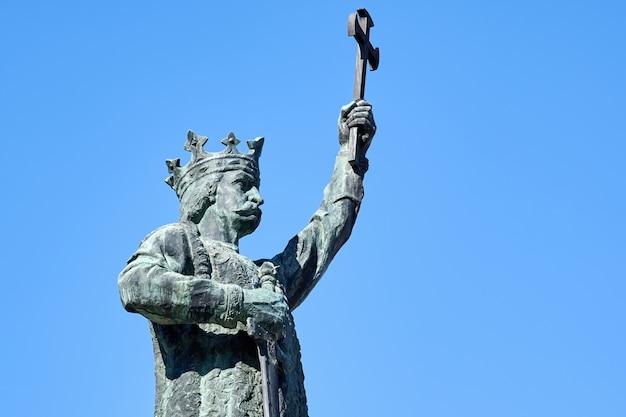 Estevão, a grande estátua em chisinau, moldávia
