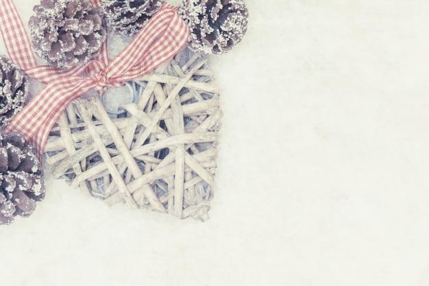 Estilo de grunge fundo da decoração do natal com coração do vintage