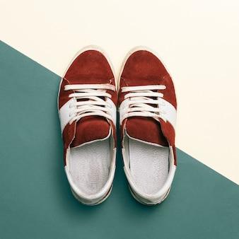Estilo de skate. tênis da moda. design minimalista