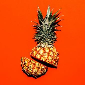 Estilo tropical. meio abacaxi. ideia nova