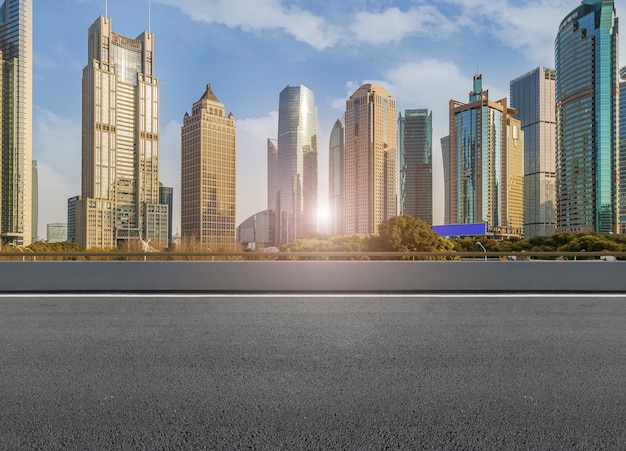Estrada de arte, alto, vazio, cityscape, construção