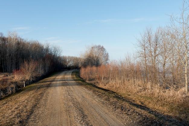 Estrada sujeira, passagem, hecla, grindstone, parque provincial, manitoba, canadá