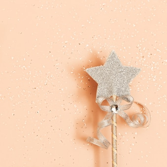 Estrela brilhante em uma varinha