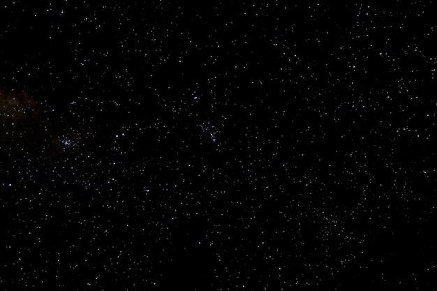 Estrelas e galáxia espaço céu noite universo preto fundo estrelado de starfield brilhante
