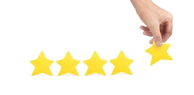Estrelas na mão. aumente a avaliação da classificação e o conceito de classificação