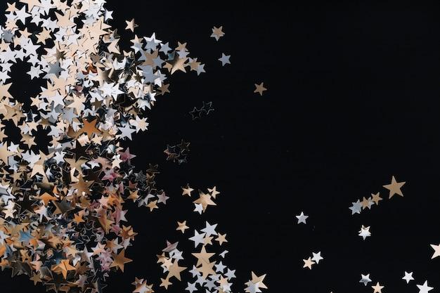 Estrelinhas douradas ornamentais