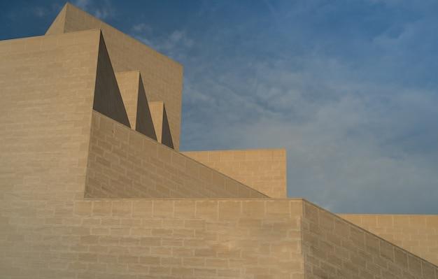 Estrutura de arquitetura e céu