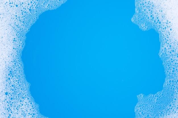 Estrutura em bolha de espuma detergente. vista do topo