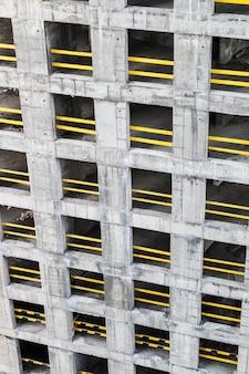Estrutura monolítica de concreto do novo edifício
