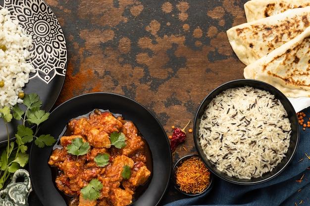 Estrutura plana de comida indiana
