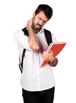 Estudante com dor de garganta