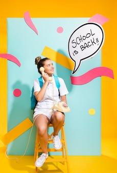Estudante, com, molde fala bolha