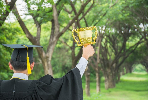 Estudantes graduados.