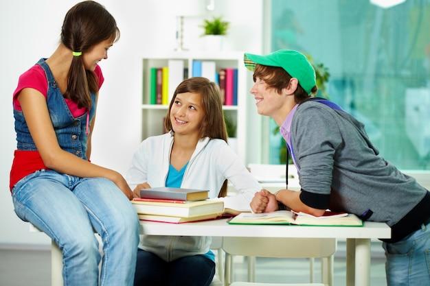 Estudantes perder tempo em sala de aula