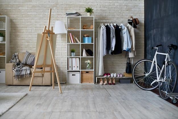 Estúdio moderno apartamento interior