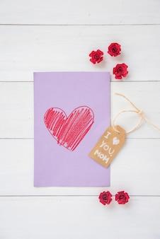 Eu te amo mãe inscrição com desenho de coração