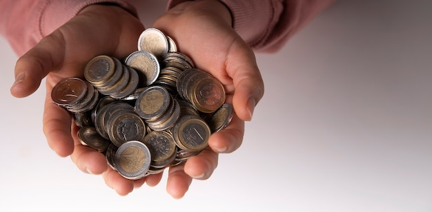 Euros economizados no banco de porco