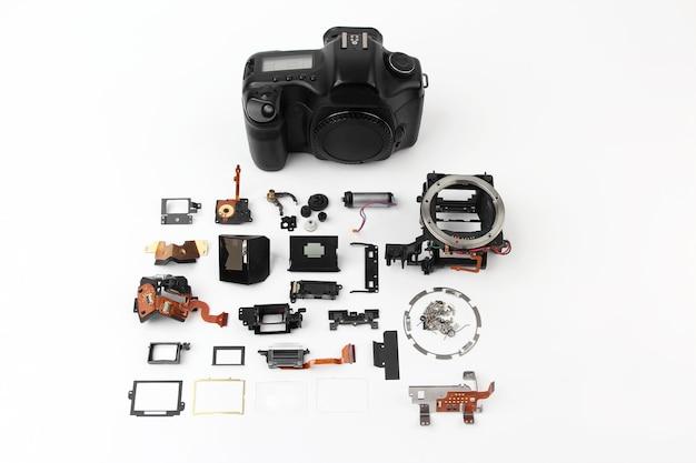 Examinou em detalhes a câmera digital com obturador eletrônico