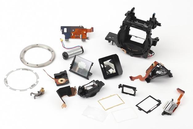 Examinou em detalhes partes da câmera digital