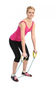 Exercício de extensão de costas usando elástico de borracha