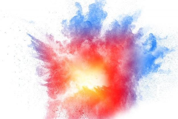 Explosão de pó colorido. respingo abstrato das partículas de poeira da cor pastel.