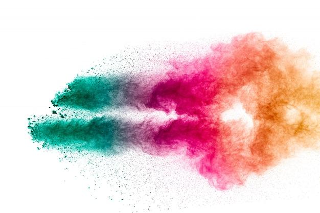 Explosão de pó pastel colorido.