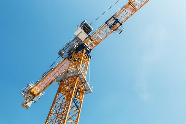 Exposições e equipamento de construção