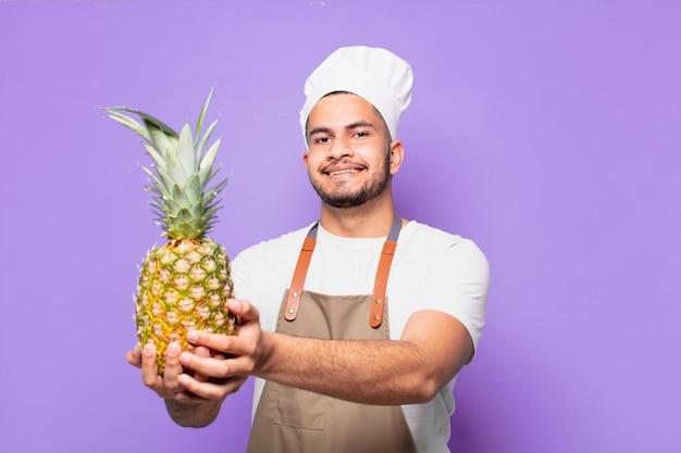 Expressão feliz jovem hispânico. conceito de chef