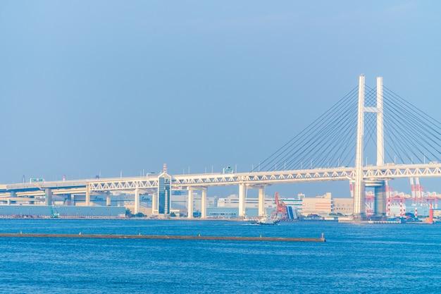 Exterior bonito da ponte de yokohama