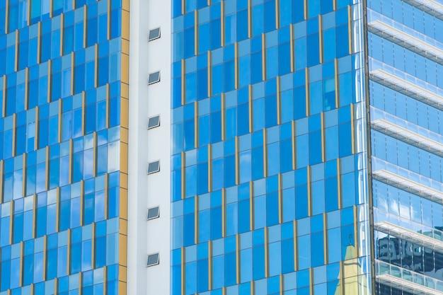 Exterior da janela abstrata da construção de arquitetura