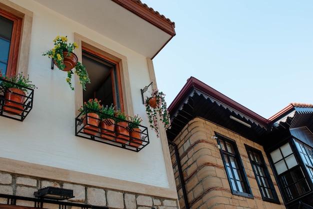 Exterior de uma casa na turquia na cidade de side
