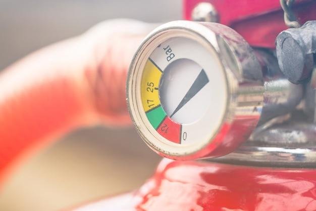 Extintor de incêndio manômetro escala close-up