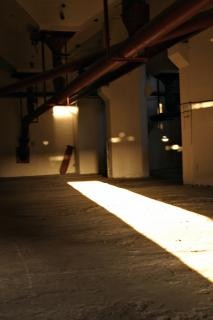 Fábrica abandonada escuro