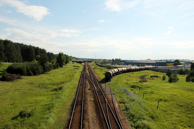 Fábrica e trem industrial de suprimentos pesados