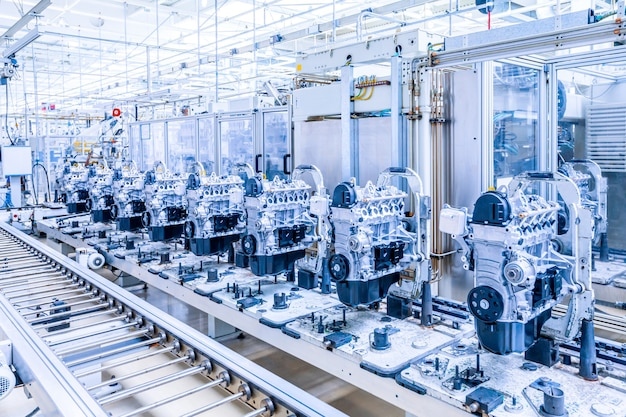Fabricação de motor de carro na fábrica de automóveis