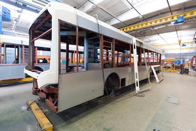 Fabricação de produção de ônibus