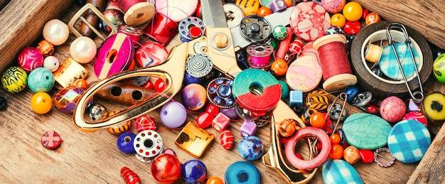 Fabricação e perolização de joias