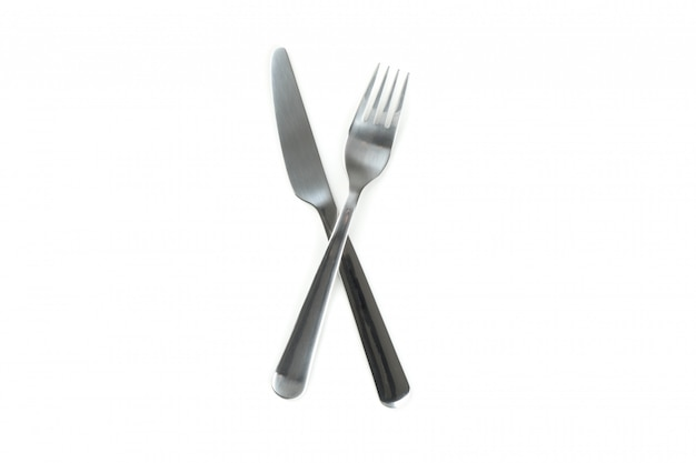 Faca e garfo, talheres isolado no branco
