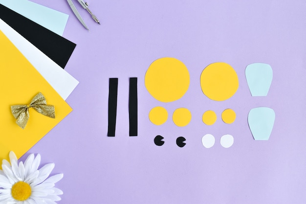 Faça você mesmo as abelhas de papel colorido com as crianças em casa