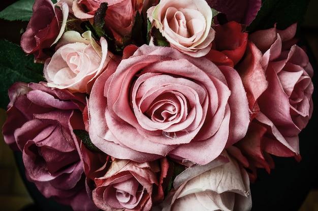Faça você mesmo buquê de rosas cor de rosa para o dia dos namorados