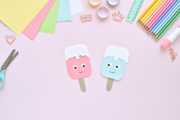 Faça você mesmo. sorvete de papel com as crianças em casa